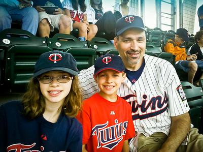 2011 Jul - Twins Game
