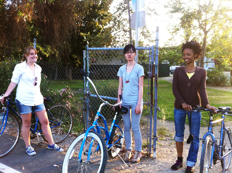 On May 6 the class went on a bicyle exploration of neighborhoods surrounding the Los Angeles State Historic Park