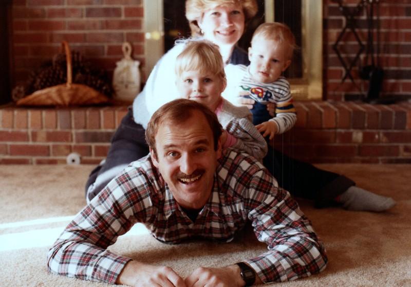 1984_November_Maren_Birthday_and_Christmas_photo__0019_a.jpg