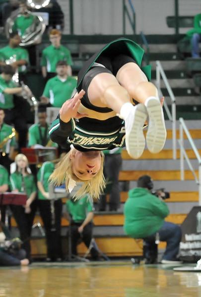 cheerleaders7699.jpg