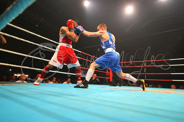 Rodolfo Velasquez(Can) vs Sean McGoldric(Wales)