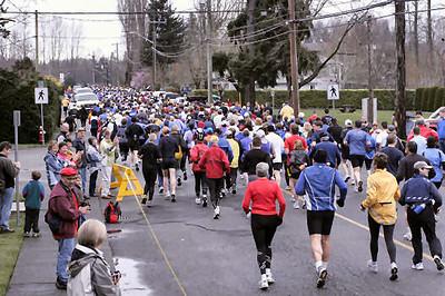 2005 Comox Valley Half Marathon - ComoxHalf2005-Al-Livsey-021.jpg