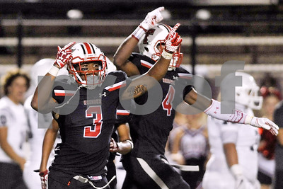 tyler-lee-hosts-mesquite-in-critical-homecoming-clash
