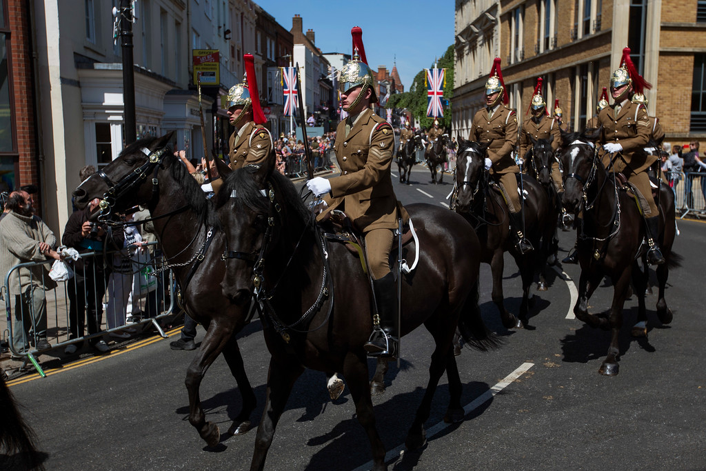 . Members of the armed forces ride horses along the streets of Windsor, England during a rehearsal for the procession of the upcoming wedding of Britain\'s Prince Harry and Meghan Markle, England, Thursday, May 17, 2018. Preparations continue in Windsor ahead of the royal wedding of Britain\'s Prince Harry and Meghan Markle Saturday May 19. (AP Photo/Emilio Morenatti)