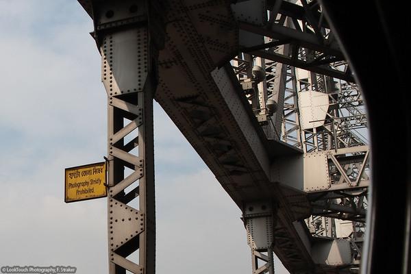 Kolkata - Durga Puja - Signs