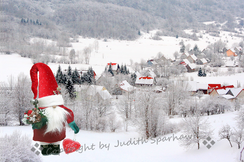 The Village Santa - Judith Sparhawk