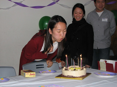 2007.02.23 Fri - Grace Park's belated b-day surprise @ FNL small group