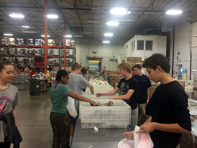 7th and 8th Grade at North Texas Food Bank