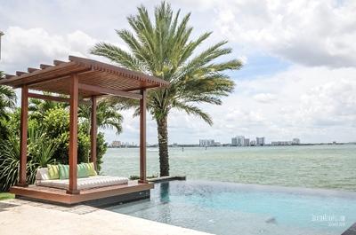 HCB19838 Brian & Darrah  (Miami Beach)