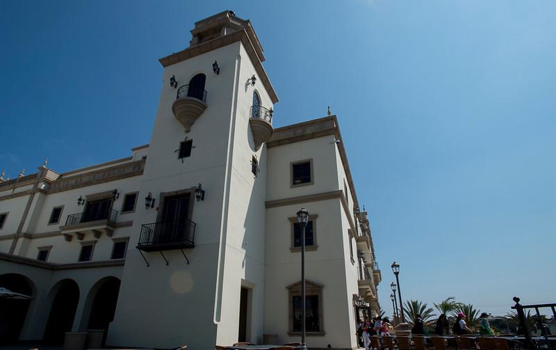 Maggie_Cal_Coll_tour-San Diego-6925-72 DPI.JPG