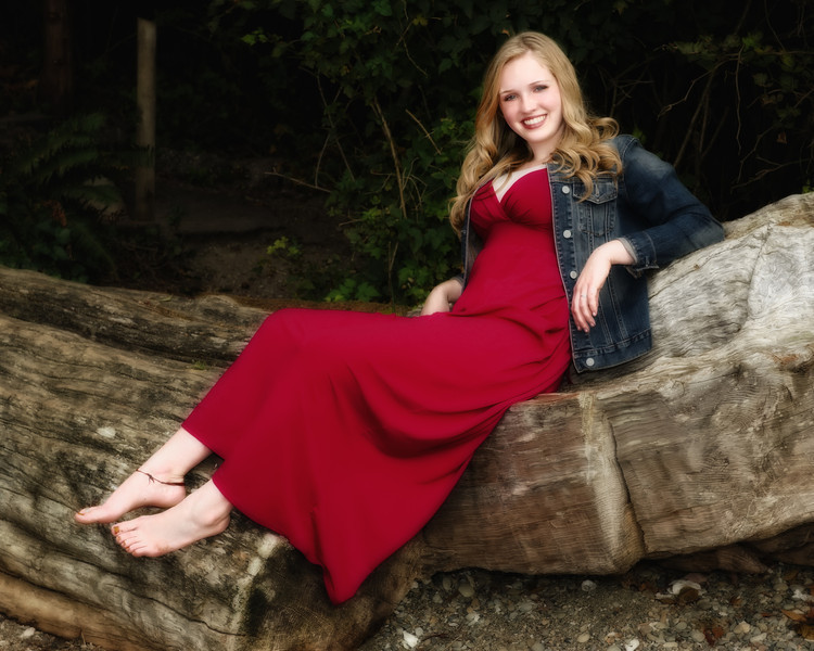 Kendra_Amy_Senior_Portraits_20110921_0687-Edit-Edit.jpg