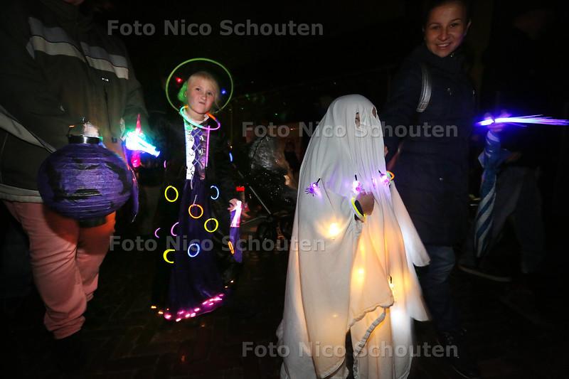 Lichtjesfeest - TERHEIJDE 21 OKTOBER 2015 - FOTO NICO SCHOUTEN