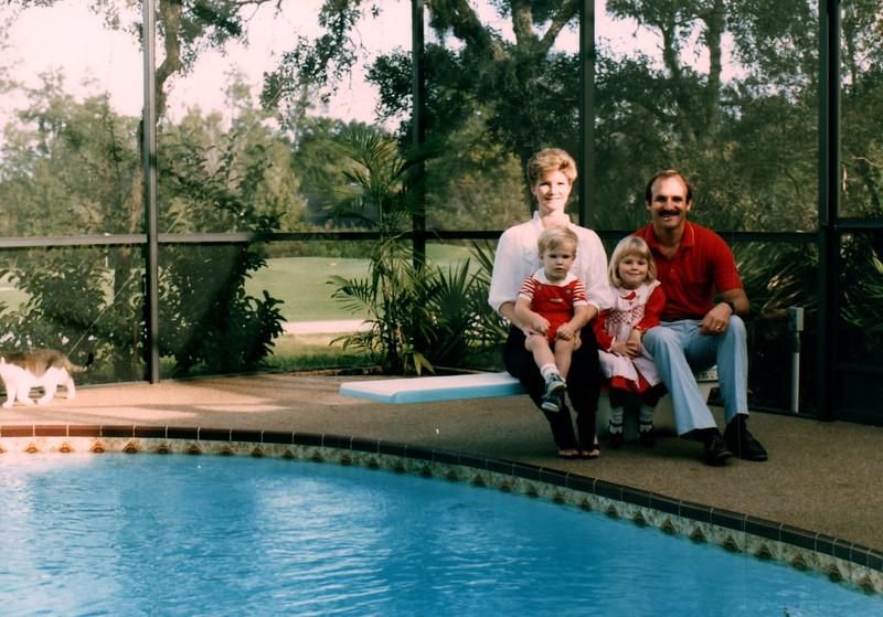 1985_December_Longwood_Christmas_0002_a.jpg