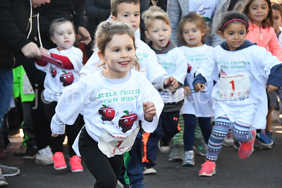Southington Apple Harvest Festival - Road Race Photos