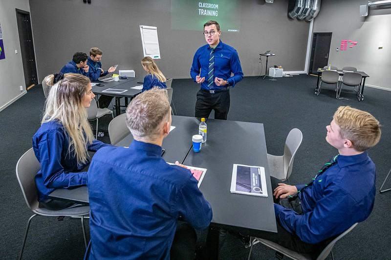 2019-10-23 Elkjøp Education photoshoot- 4000pix -35.jpg