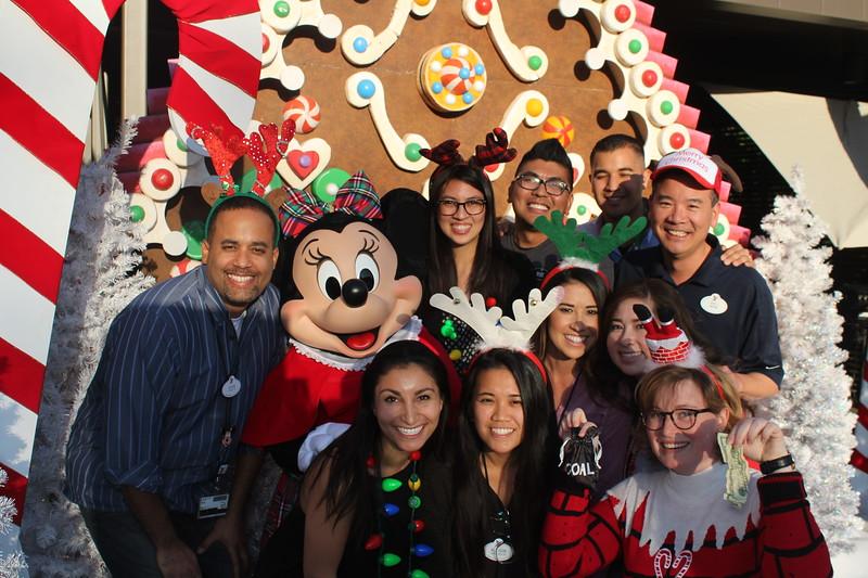 Walt_Disney_Imagineering_Holiday_2017_Individuals_ (47).JPG