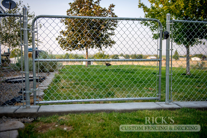 4117 - Galvanized Chain Link Fencing