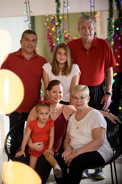 Kelley-Navidad-AveSol00001.jpg