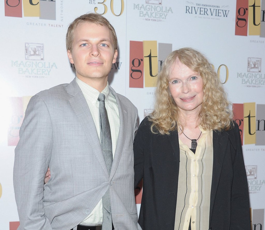 """. <p><b> MSNBC host Ronan Farrow has had no comment on published reports claiming that his � </b> <p> A. Blue eyes are the result of contact lenses  <p> B. Talk show is in danger of cancelation <p> C. Real father is Frank Sinatra Jr. <p><b><a href=\'http://pagesix.com/2014/04/30/ronan-farrows-sinatra-blue-eye-color-is-fake/\' target=\""""_blank\""""> LINK </a></b> <p>    (Michael Loccisano/Getty Images)"""