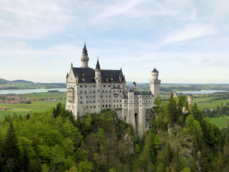 Day2-pre-Neuschwanstein Castle from Bridge2.jpg