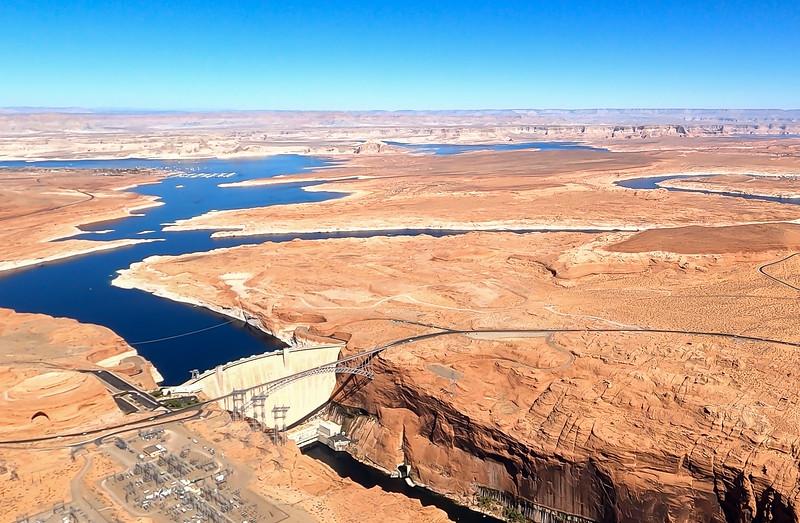 colorado-river-lake-powell-lighthawk-gopro8-card2-60.jpg