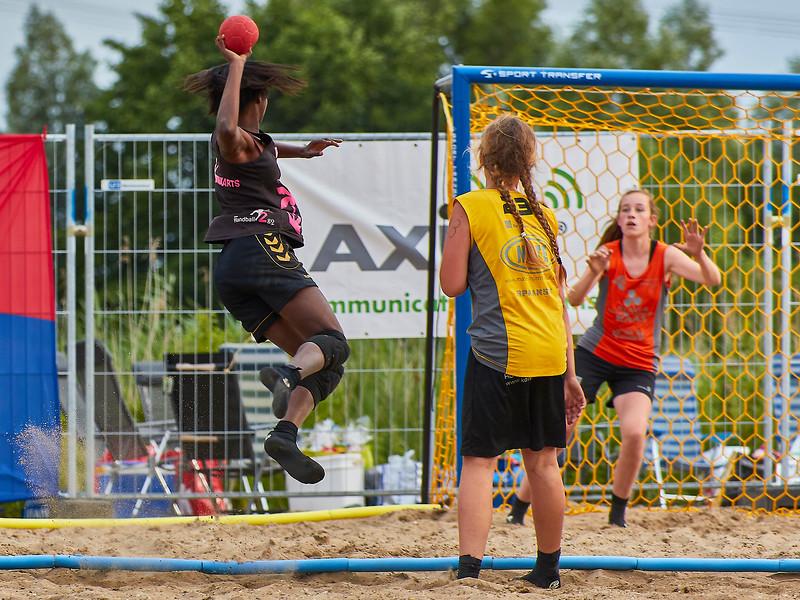 Molecaten NK Beach Handball 2017 dag 1 img 495.jpg