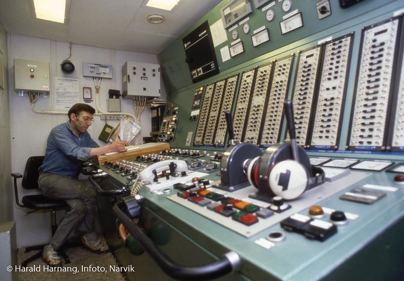 I maskinen. Hurtigruteskipet Nordnorge, ODS. Bilder tatt mens jeg jobbet ombord for å skrive historieboka til ODS.