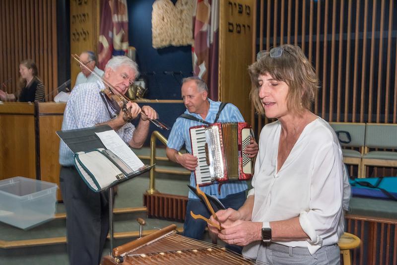 Simchat Torah-221.jpg