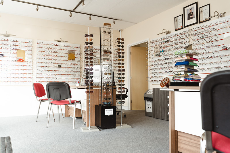 Drew_Irvine_Photography_2019_Barnham_Opticians-27.jpg