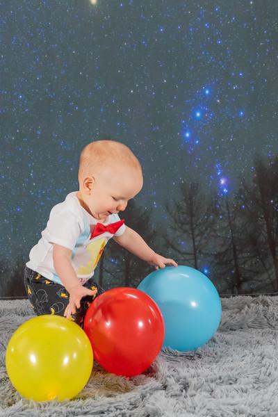 20200215-Orion1stBirthday-OrionBackGround-22.jpg