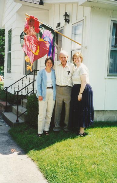 Jane Hiller, Ellis & Samantha Sullivan (6-19-2000).jpg