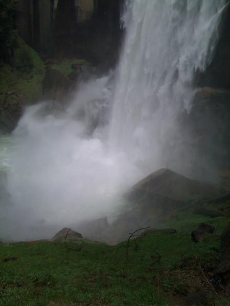 Vernal Fall. Mist Trail, Yosemite NP