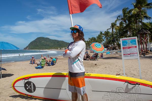 Amigos / Beach Safety