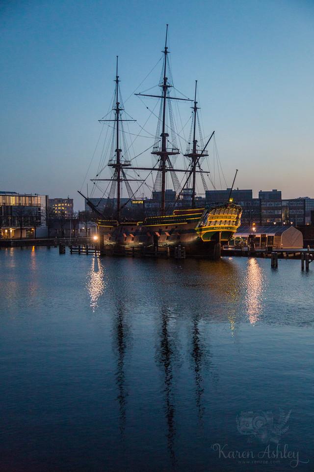 amsterdam dutch boat