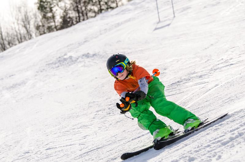 Standard-Races_2-7-15_Snow-Trails-96.jpg