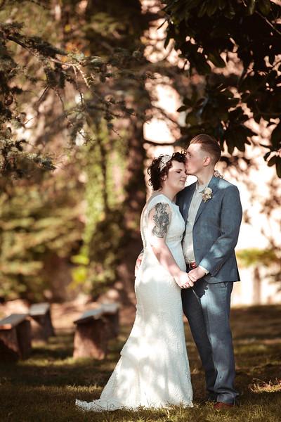 Awardweddings.fr_Rebecca and Rob_0743.jpg