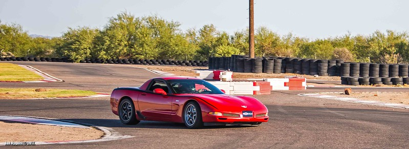 Corvette-red-black-stripe-4891a.jpg