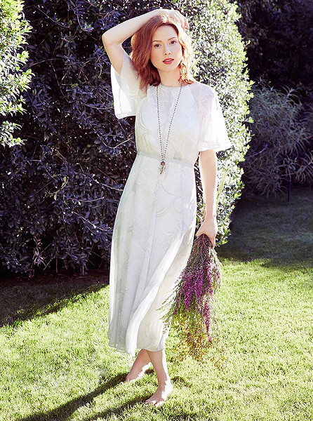 stylist-jennifer-hitzges-magazine-fashion-editorial-creative-space-artists-management-3-ellie-kemper-mei-tao-photoshoot-for-redbook_1.jpg