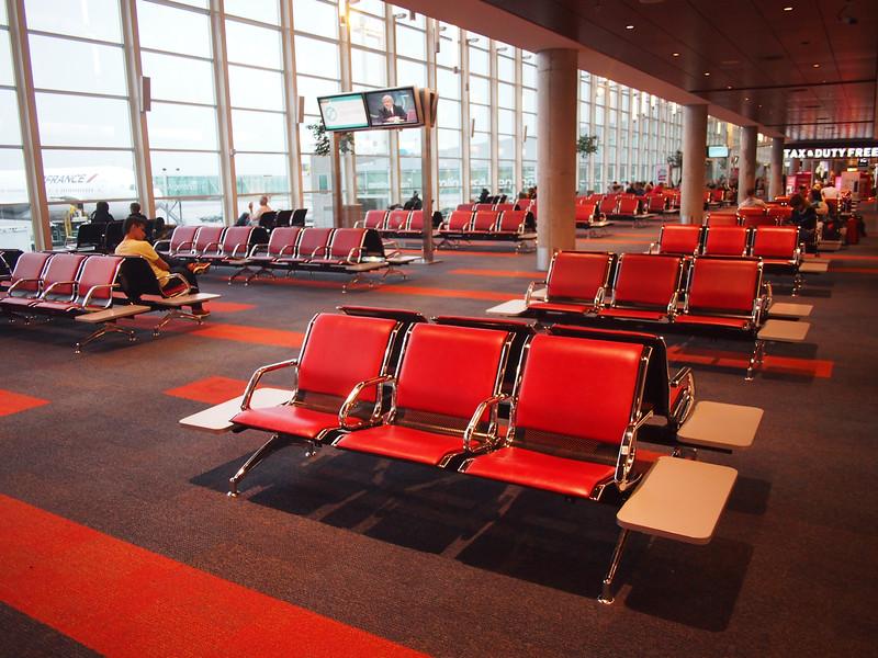 PA295158-departure-lounge.JPG