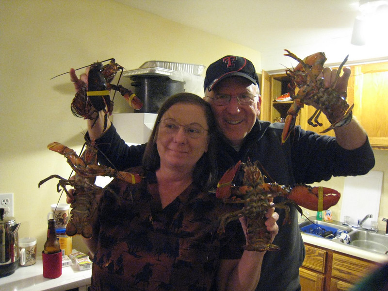 Cindy & Mike - fixin' to cook fresh lobsters for the first time!