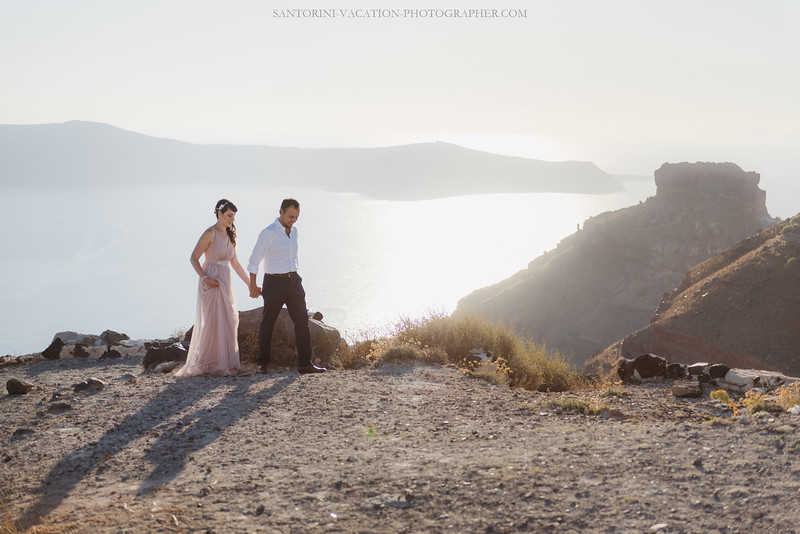 Santorini-anniversary-tripphoto-session-photo-shoot-amazing-view--3.jpg