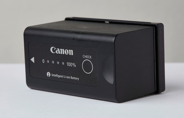 Canon BP-955 battery for c100