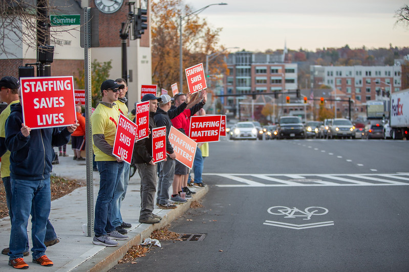 11-4-2019 Staffing Picket (96).jpg