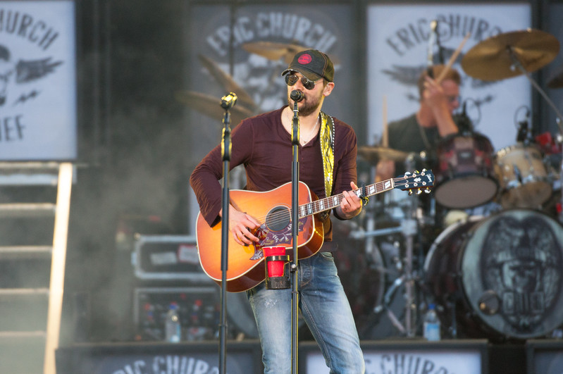 Eric Church No Shoes 13-125.jpg