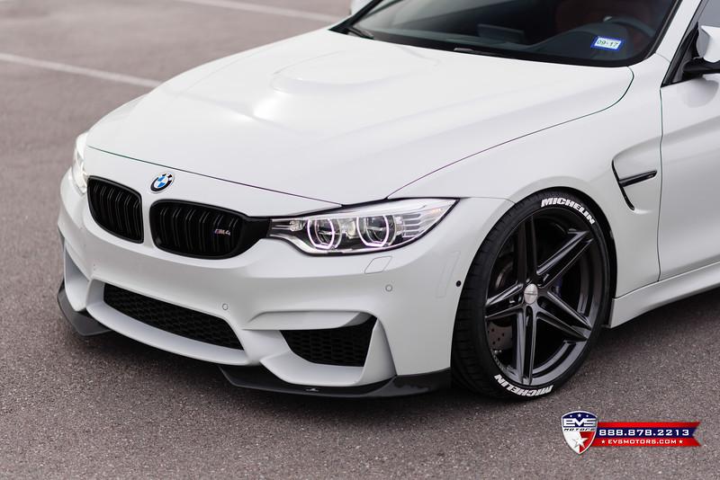 2016 BMW M4 Vossen VFS-5-14.jpg