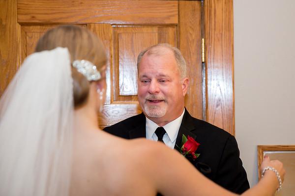 Snow - Dad's First Look of Bride