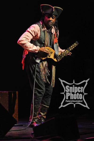 Bela Fleck and the Flecktones - Louisville 2012 - Sniper Photo-2.jpg