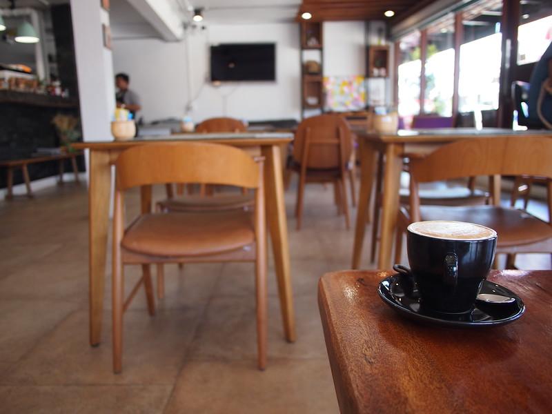 P3082995-coffee-at-doppio-cafe.JPG