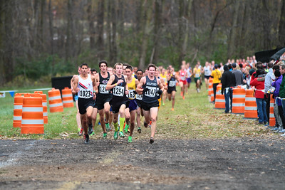 1.5 Mile Mark, D1 Boys - 2013 MHSAA LP XC Finals