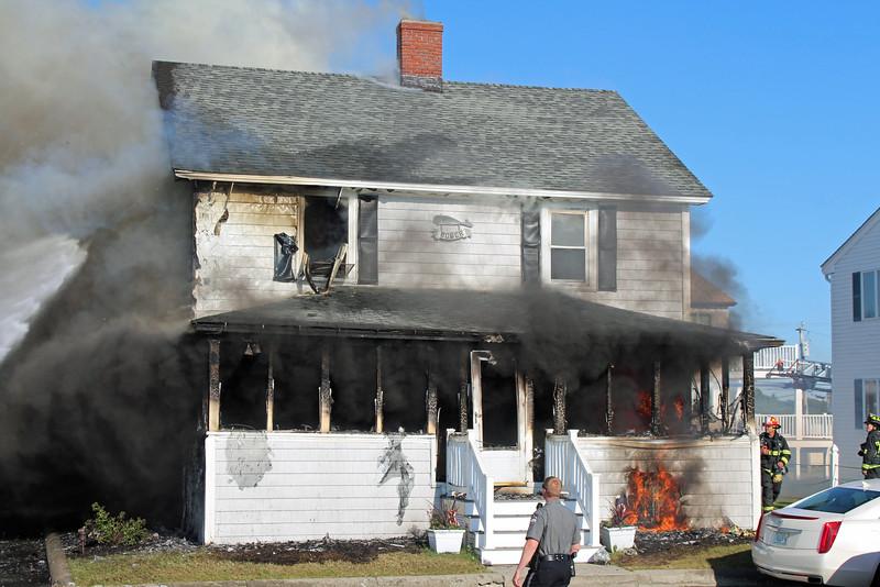 seabrook fire 4.jpg